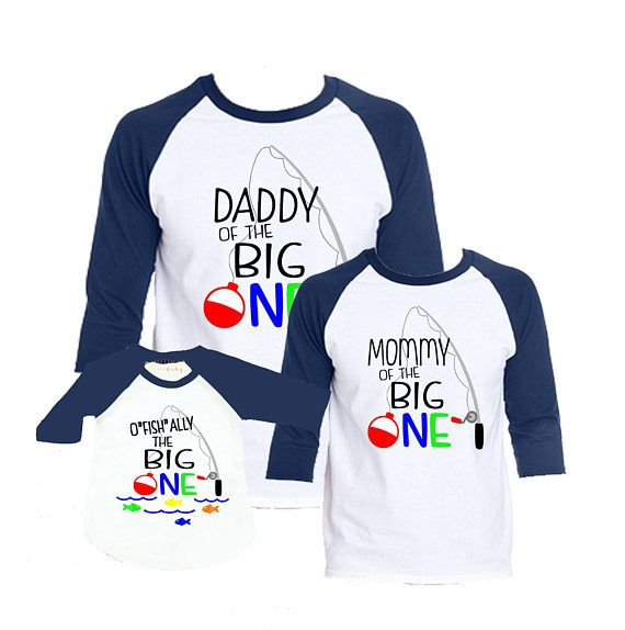 Family picture time!!! Goes great with your little ones baseball birthday shirt. This listing is for Raglan Shirts. ***************SIZING OPTIONS******************** 12M 18M 24M 2T 3T 4T 5T ADULT UNISEX Raglan shirts (Navy) Small, Med, Large, XL, 2XL Ofishally One Birthday Shirt