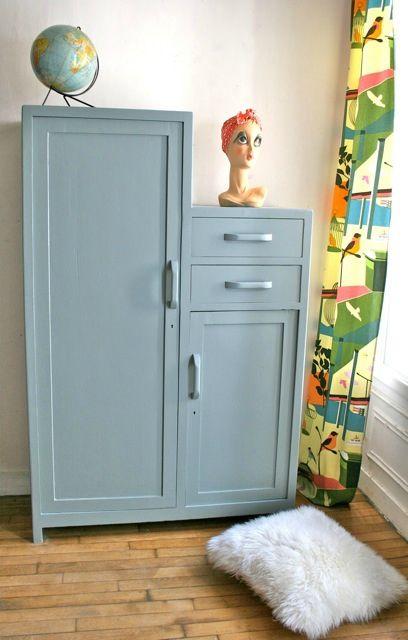 armoire parisienne asym trique vintage pinterest vintage et armoires. Black Bedroom Furniture Sets. Home Design Ideas