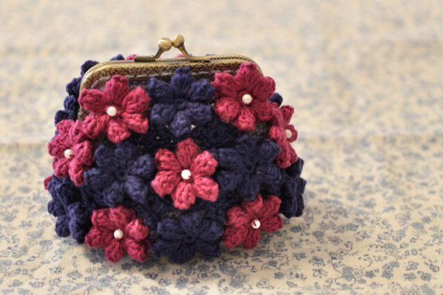 crochet purse                                                                                                                                                                                 もっと見る