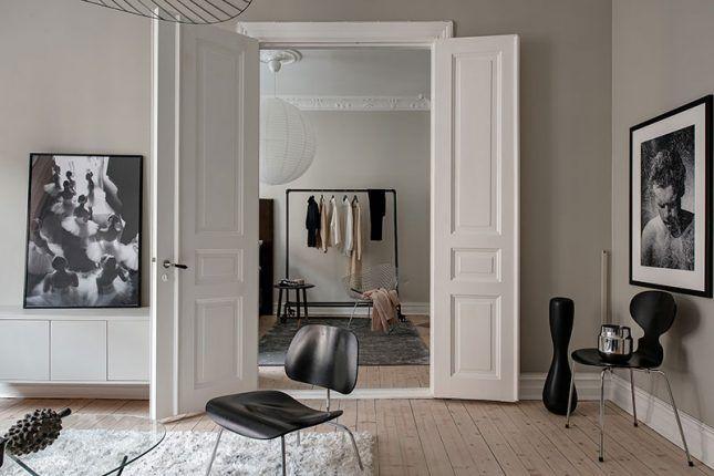 Knusse Woonkamer Met Taupe Muren Lake House Living Room Rugs In Living Room Home