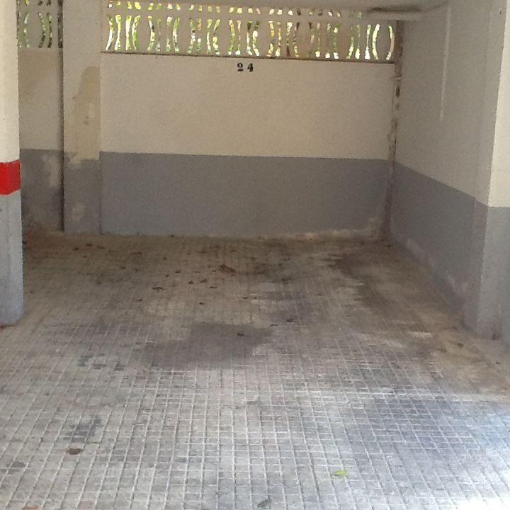 25000,00€ · Vendo plaza de garage en la zona de Bendinat en urbanización de lujo · Plaza de 13 metros y 20 centimetros.Adjunto fotos · Inmobiliaria > Garajes y trasteros > Garajes > Venta de garajes
