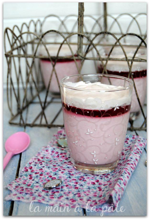 verrines de mousse à la fraise au mascarpone