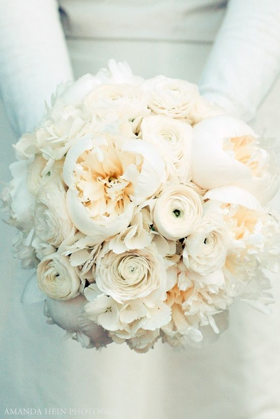 White Wedding Flowers- www.bridesnblooms.com