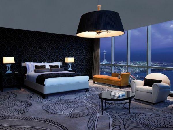 luxus hotelzimmer mit wunderschönen kronleuchter