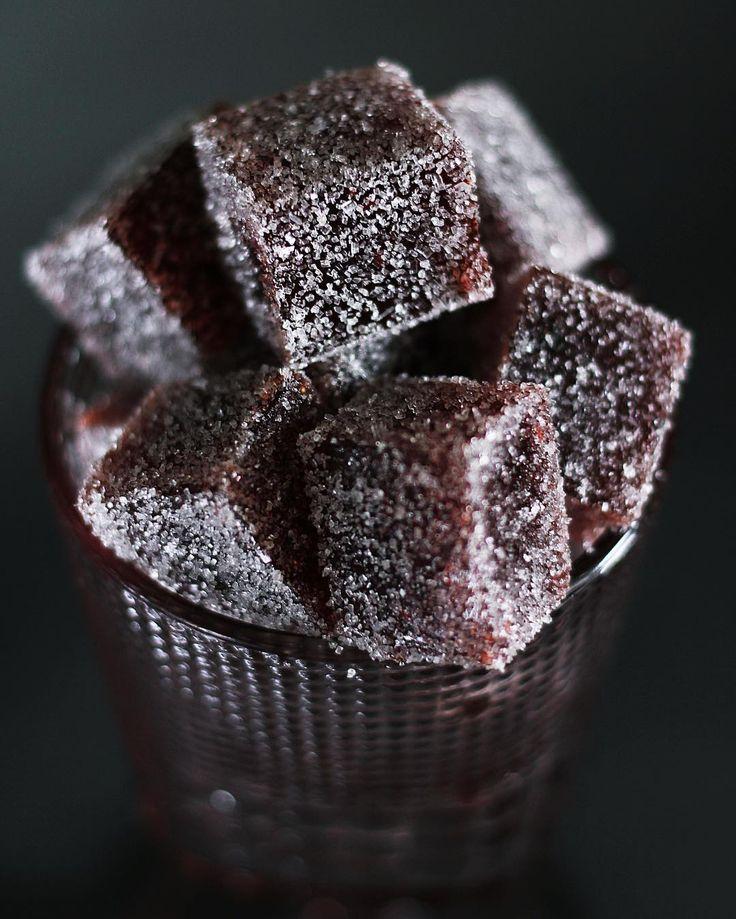Raspberry marmalade for good night 🌿добрый вечер! Что-то припозднилась я с рецептом этого вкуснейшего малинового мармелада! Так что ловите, сейчас выложу 👇🏻(я обычно увеличиваю ингредиенты в два раза для мармелада)