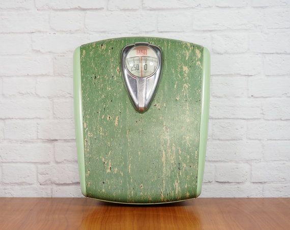 Vintage Borg Scale Mint Green WORKS / 1950s by FireflyVintageHome