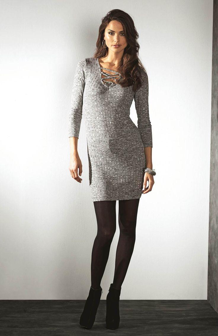 ROCK 'N' BOLD Dopasowana sukienka, z modnym sznurowaniem, model Lea od TrulyMine, 129 zł.