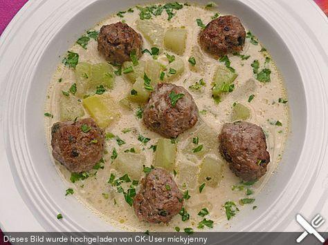 Kohlrabieintopf mit Kartoffeln und Rinderhackklößchen