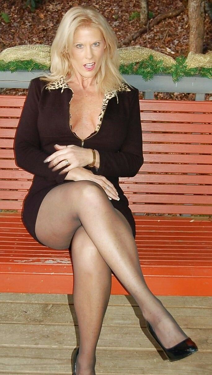 Lois griffin spank