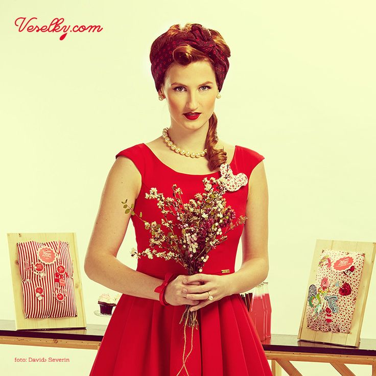 Pin-up wedding, wedding,bride, woman, pin up, pin-up, veselky.com, veselky, pin, red, style, dress, flower, wedding flower, hairstyle, 50s, 1950, modern, unusual , photo, image, hat, studio, heart, david severin, jane bond special, love fashion, photo severin, retro, diy, czech republic, simplicity, patern,design, czech design