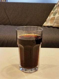 Cola zum Flecken entfernen, Rohre frei spülen etc. Wie ganz normale Cola im Haushalt helfen kann, lässt bei dir die Lust darauf, sie zu trinken, bestimmt ganz schnell vergehen.