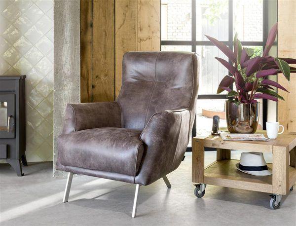 Puur & Krachtig. Roskilde fauteuil Henders&Hazel. #leder #fauteuil #woonkamer #comfortabel #relaxen