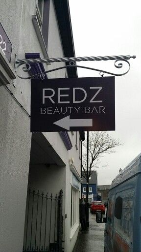 Projecting sign for Redz Hair Design ☆