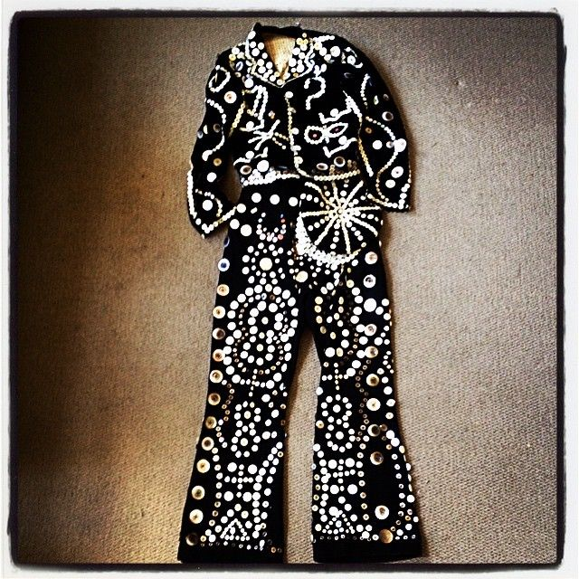 """Now that's a Pearly King 1920s/1930s Velvet"