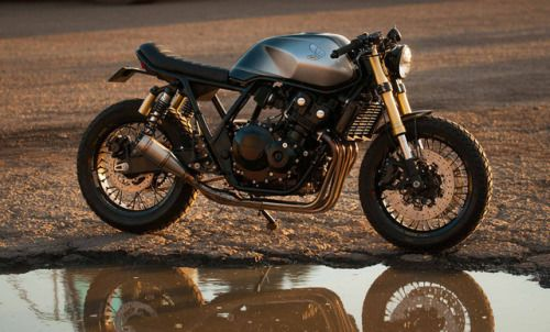 Honda CB400 Cafe Racer by Jack Rypien - Photo by Freestyle Photography #motorcycles #caferacer #motos   caferacerpasion.com