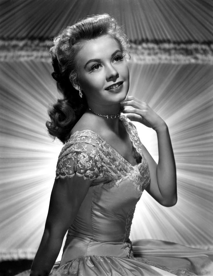Vera-Ellen  -  (Feb. 16, 1921 – Aug. 30, 1981)  -  American actress and dancer, principally celebrated for her filmed dance partnerships with Fred Astaire, Gene Kelly, Danny Kaye and Donald O'Connor.  Picture taken in the early 1950's.