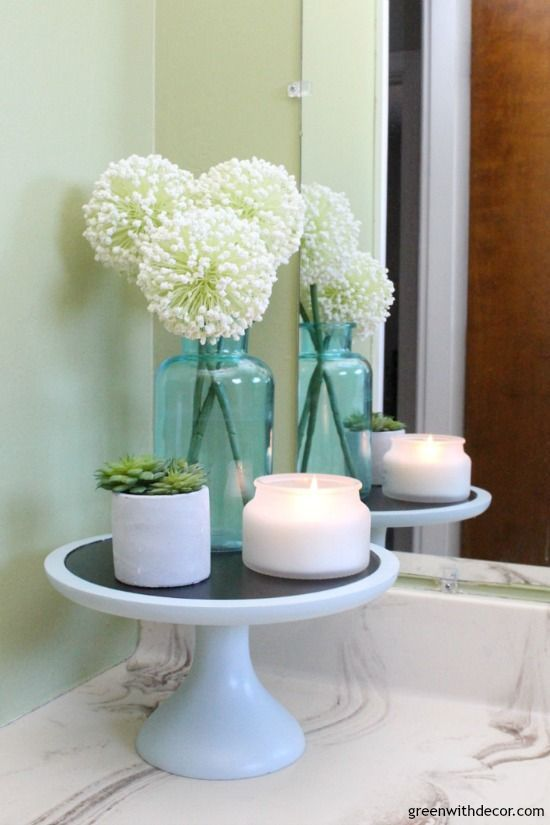 Rental bathroom reveal - cute, easy ideas for decorating old bathroom counters