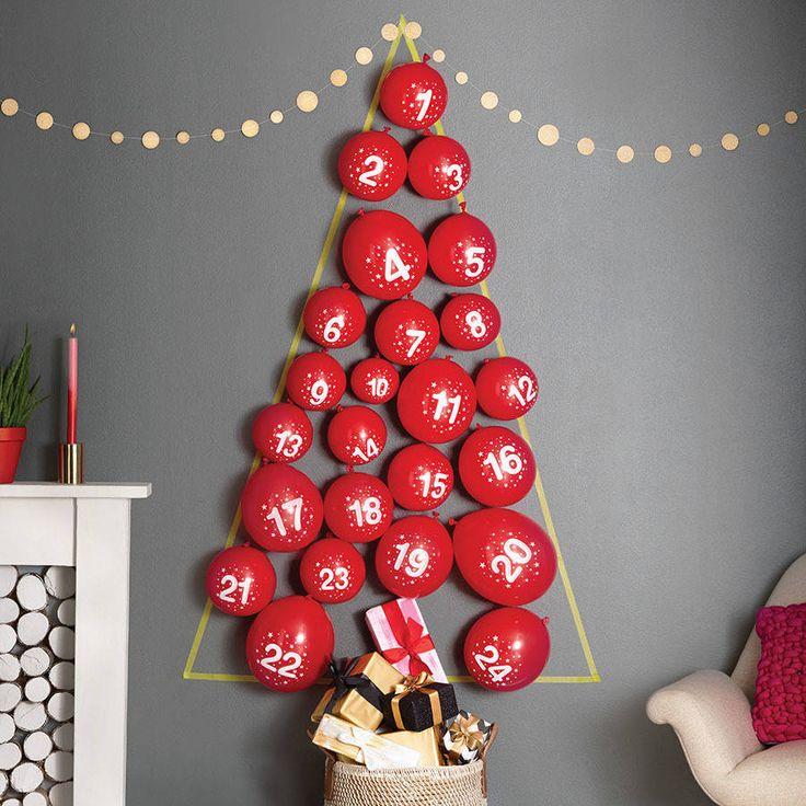 ¿Alguien se había imaginado alguna vez hacer un árbol de navidad con globos? Pues en mi casa estamos pensando en hacer esta manualidad tan chula :)