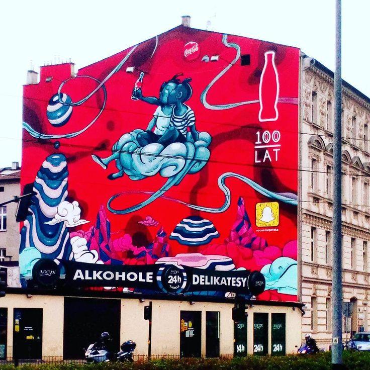 No i takie wielkoformatowe reklamy to ja rozumiem #graffiti #streetart #wallart #mural by #mateuszkołek #KrakówWgRyfki #cracow #kraków #cocacola @cocacolapolska #poland