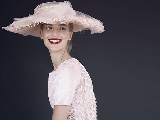 Najlepsze słowiańskie top modelki, niezwykłe kreacje Chanel wydobyte z archiwów a przede wszystkim oni – duet fotografików, którzy na fotografii nie poprzestają, bo odpowiadają niemal za każdy detal i ruch widoczny w ich pracach. Peter Farago i Ingela Klementz Farago pokazują siłę, inteligencję, zmysłowość fotografowanych kobiet, a także intymność panującą na planie. Ekskluzywną wystawę zdjęć stworzonych przez nich przy wyłącznej współpracy z Chanel można oglądać w warszawskiej…