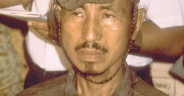 Il soldato giapponese Hiroo Onoda è rimasto nascosto nella giungla per 30 anni rifiutando di credere che la guerra fosse finita.