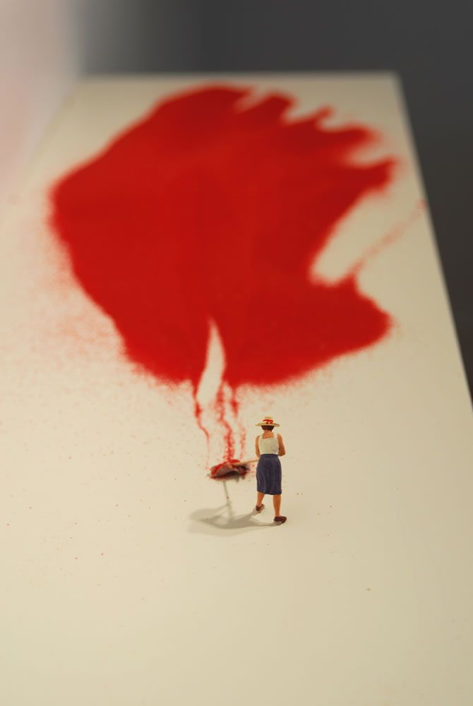 Liliana Porter - Forced Labor (2008 - Red sand, figurine and white shelf - Part of the Forced Labor series) / http://lilianaporter.com #miniature #installation