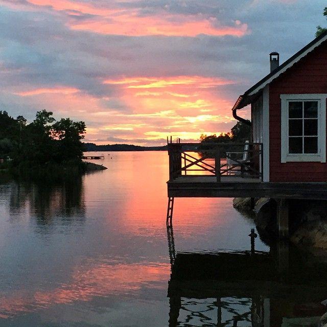 Sauna, Stockholm archipelago style . #archipelago #stockholm #sauna #sunset…