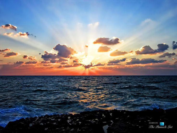 Breathtaking Persian Gulf Sunset from Iran's Kish Island Vacation Resort