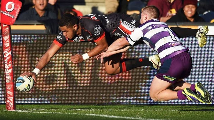 A Fusitua special, some Shaun Johnson magic, a Lolohea double and a flip pass from Friendy you just have to see. HT. Warriors 16 Vs Melbourne Storm 0 → FT. Warriors 28-14 win.
