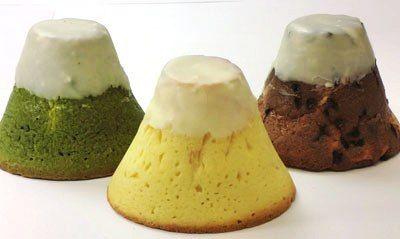 """大きな""""富士山型""""メロンパンが登場 カスタードクリーム入りでボリュームたっぷり"""