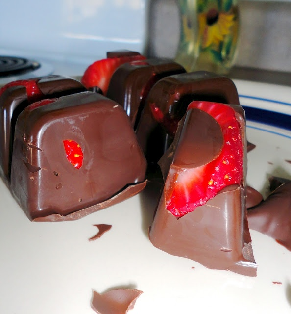 Chocolate covered strawberry candy bar
