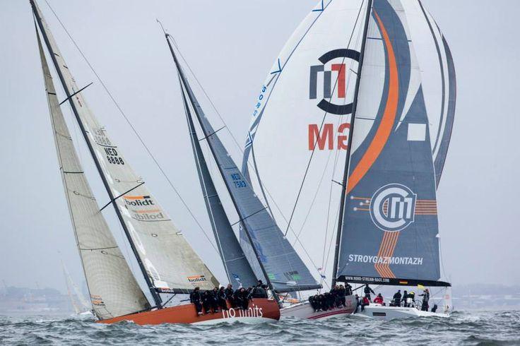 Close quarter racing during the Delta Lloyd North Sea Regatta © Sander van der Borch / NSR