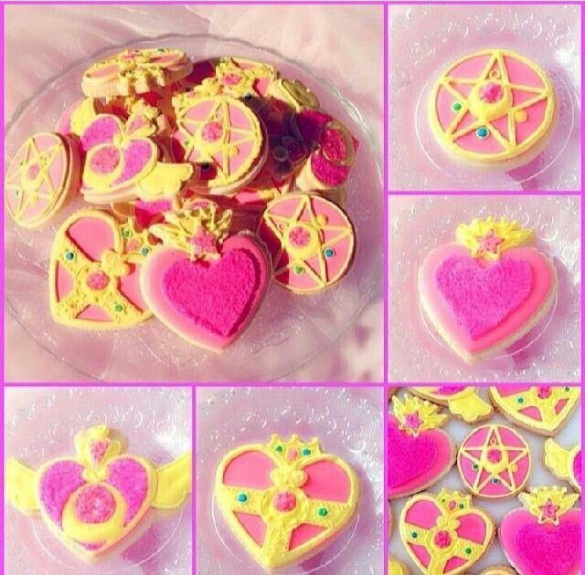 Galletas con forma de los transformadores de Sailor Moon