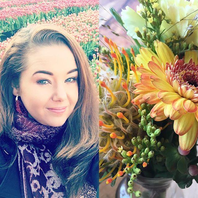 🌷Bij het zien van al die vrolijke kleuren bloemen krijg je toch helemaal zin in de lente? 🌸 • • • #bloemen #wooninspiratie #interieur #wonen #woonblog #urbanjunglebloggers #urbanjungle #groenwonen #stijlvolstyling #sbzinterieurdesign #tulpen #tulpendag #woonblog #interieurstylist