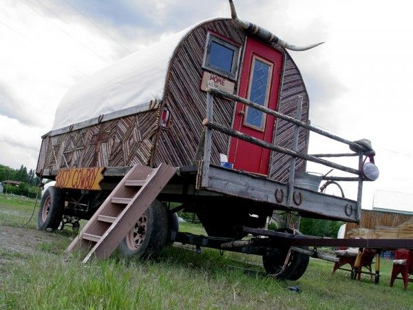 16 best images about sheep wagons on pinterest idaho camps and sheep - The mobile shepherds wagon ...