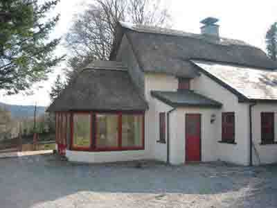 Cottages of Ireland The traditional Irish Cottage, was for generations the post card image of Ireland, the thatched roof, the homely turf