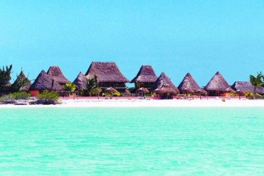 If I visited Mexico again, I would go here! Looks like the Maldives but wasaaaayyyy closer!