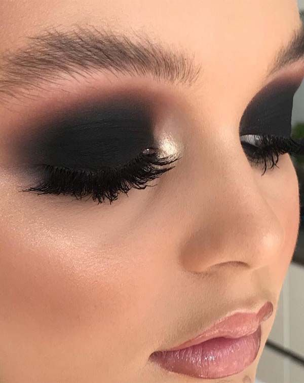 43 Black Smokey Eyes Makeup Ideas For 2019 Black Smokey Eye