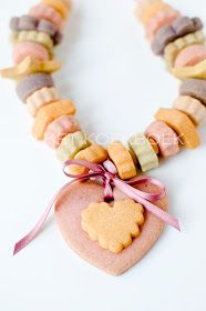 Cookie necklace!