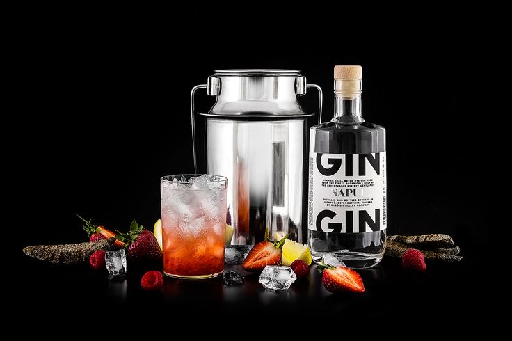 4cl Napue Gin 2cl lemon juice 1-2cl simple syrup 1 strawberry 1 raspberry soda  Muddle the berries, add other ingredients and shake. Top with soda. try with some basil leaves also!