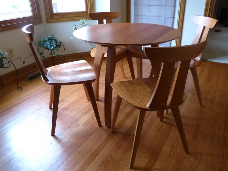 Mid Century Modern Wood Furniture from Vermont Woods Studios. The Vermont Modern Pedestal Table and the Estelle Cherry Chair. Boards, Modern Furniture, Midcentury Modern, Dining Rooms, Inspiration Furniture, Dining Chairs, Vermont Modern, Modern Wood Furniture, Dining Table'S