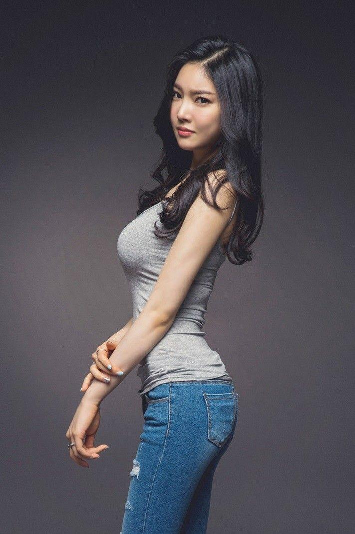 Người đẹp Park Jung Yoon khoe sắc tươi tắn, trẻ trung trong bộ ảnh tháng 8/2016