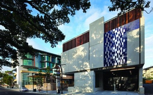Ipswich Justice Precinct / Cox Rayner Architects with ABM Architects