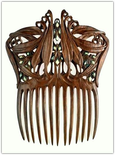 Paul Follot polychromed wood - between 1905 and 1910. Comb for Hair. | Musée d'Orsay, Paris, France.