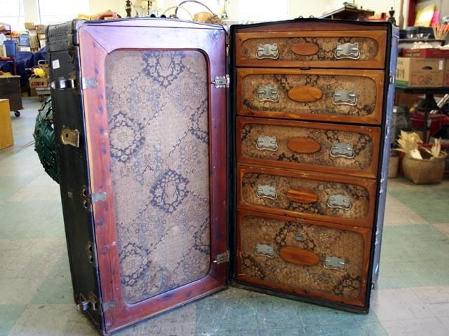 Antique Travellers Trunk With Compartments