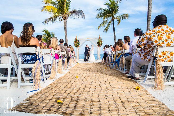 Jeanine + Joe | Postcard Inn Islamorada Wedding