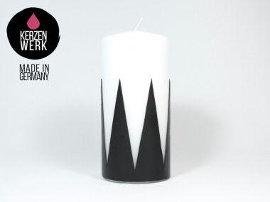 Kerzen kaufen - basteln verzieren gestalten, Taufkerzen selber machen - Moderne weiße Kerze mit schwarzem Zacken-Design Nr.113