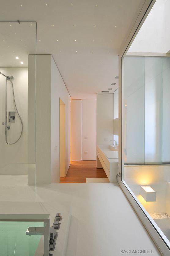 Pi di 25 fantastiche idee su rivestimento per vasca da for Camminare attraverso la doccia alla vasca