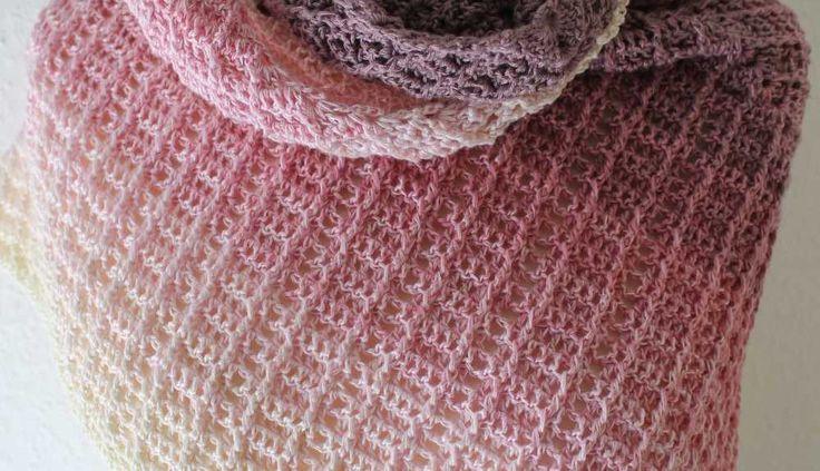 Das Tuch Fareth nach der Anleitung von Jasmin Räsänen  | AnneluM