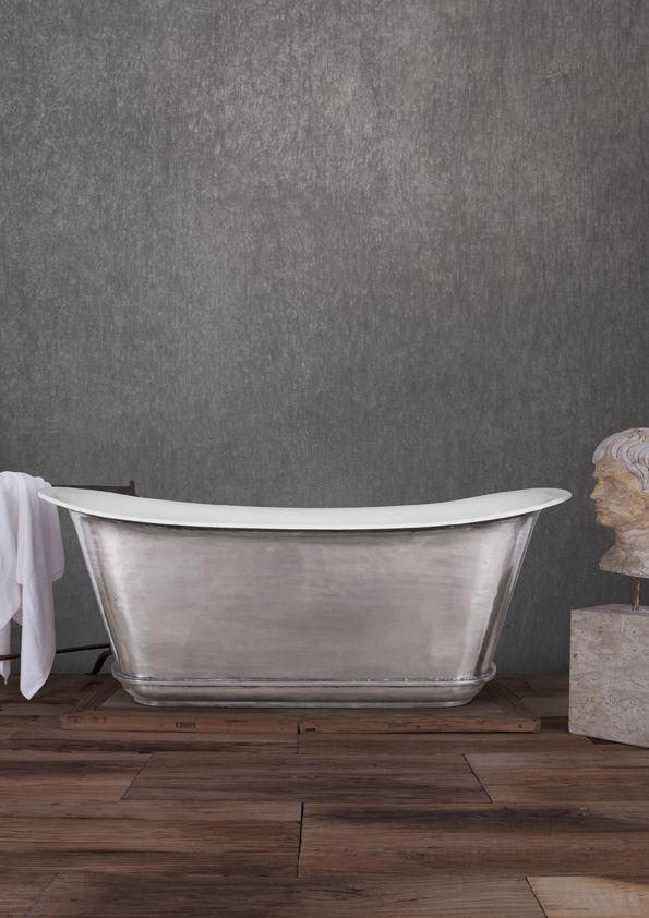 Another polished Cast Iron Mon Empire bath - this time without feet to give it a more traditional look - #castiron, #polished, #traditional